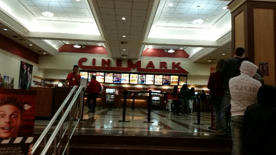 Cinemark Shoping Mueller