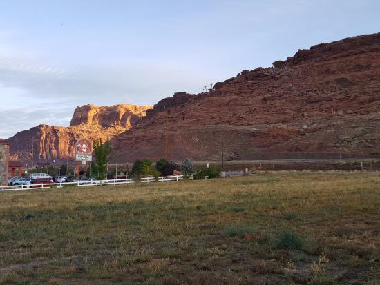 Holiday Inn Express Hotel & Suites Moab: View outside of Hotel