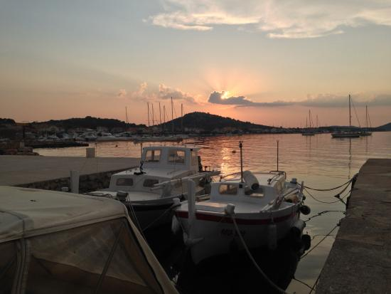 Murter Island, Κροατία: Por do sol em Murter