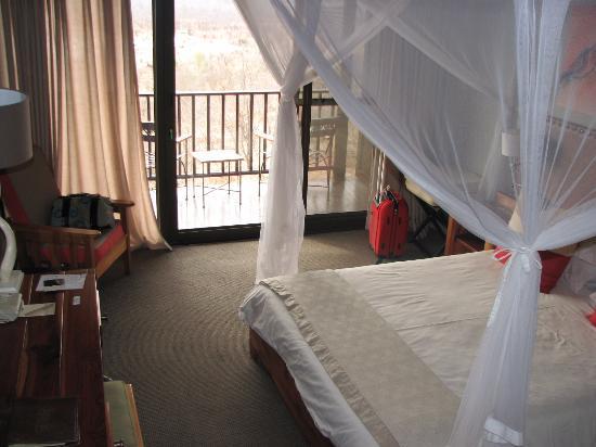 Victoria Falls Safari Lodge: Room