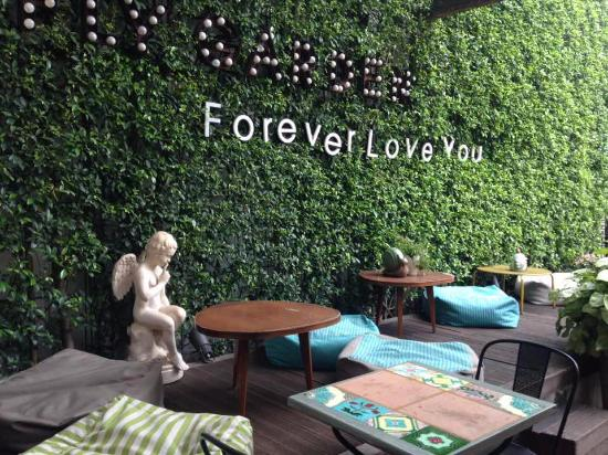 front porch - Picture of Fly Cupcake Garden, Ho Chi Minh City ...
