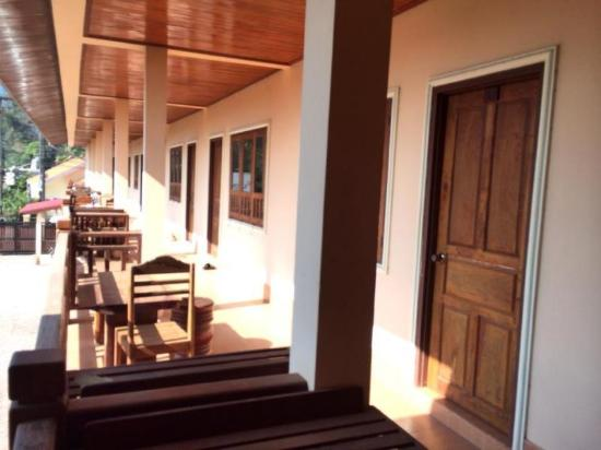 Ban Nahin, Laos: Balcony