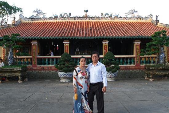 Thu Dau Mot, Βιετνάμ: Infront of Hoi Khanh Pagoda