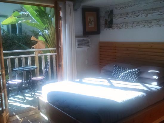Les Artistes: Remington room 1 of 2 double beds