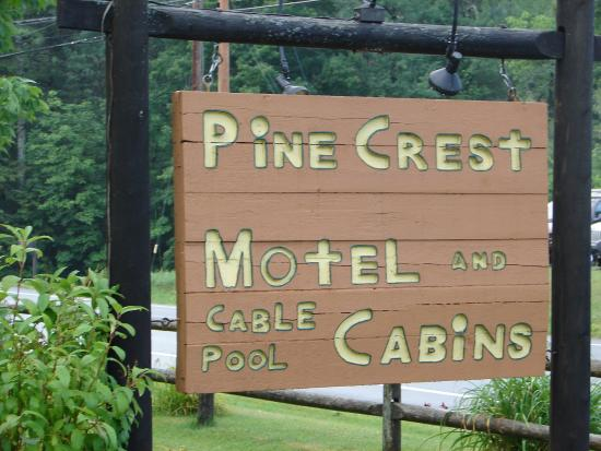 Pine Crest Motel and Cabins