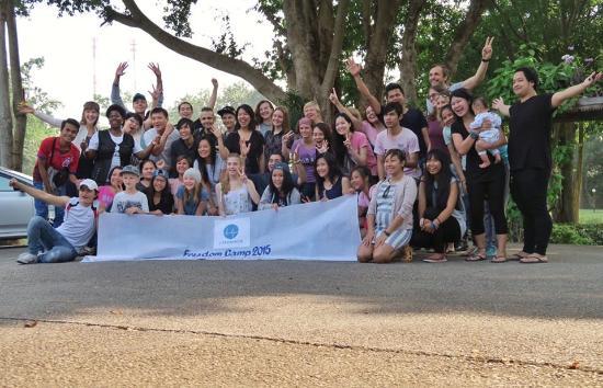 The Pavilion Rim Kwai : Group Picture
