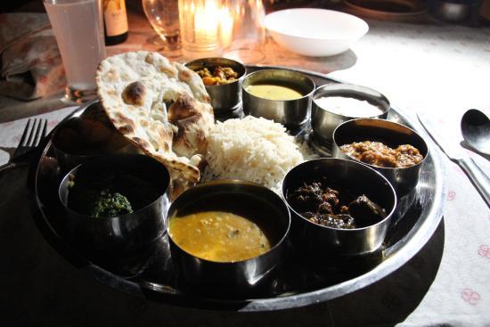 Saba Haveli: Thali dinner