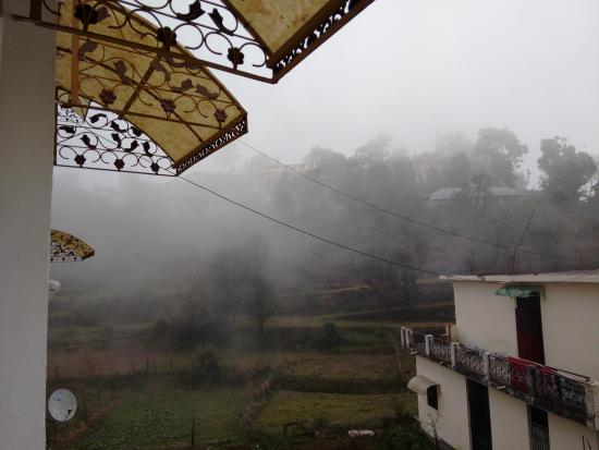 Nandini Residency : Foggy morning.,view from our room on first floor.