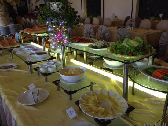Oscar Saigon Hotel: breakfast buffet