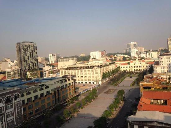 Oscar Saigon Hotel: view from 11F dining floor