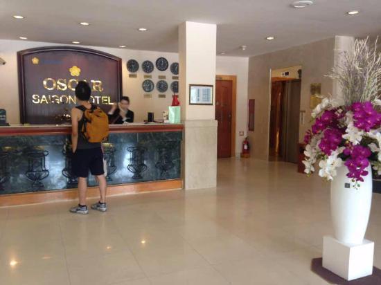 Oscar Saigon Hotel: the lobby