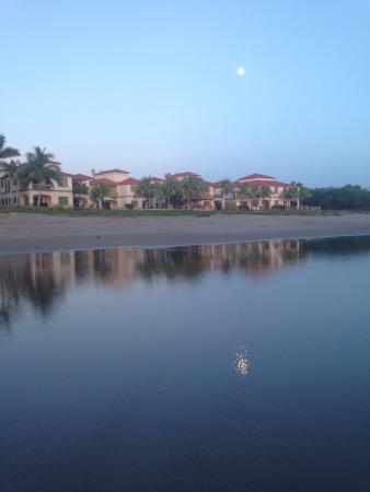 Hacienda Iguana: photo5.jpg