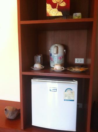 Wanasom Wellness & Aesthetic Resort: มีกระติกน้ำร้อน ตู้เย็น