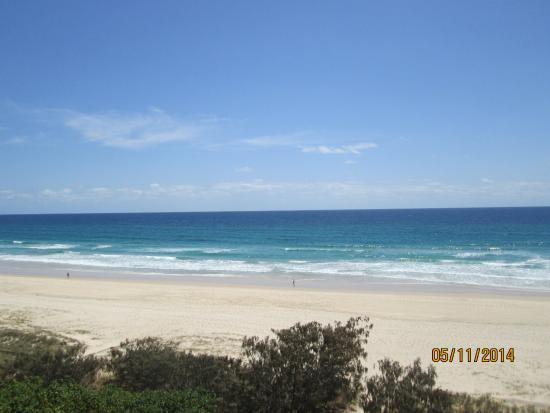 Oceanside Resort: A great day on the beach