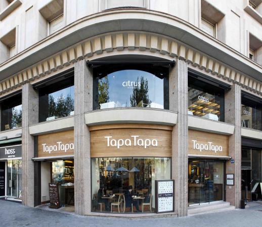 Tapa tapa paseo de gracia nuestra barra picture of tapa tapa barcelona tripadvisor - Casa del libro barcelona passeig de gracia ...