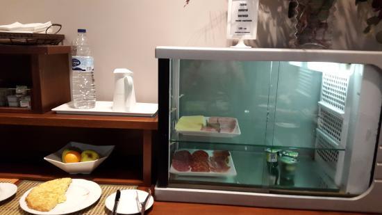 Hotel Cesaraugusta: poquísima cantidad desayuno