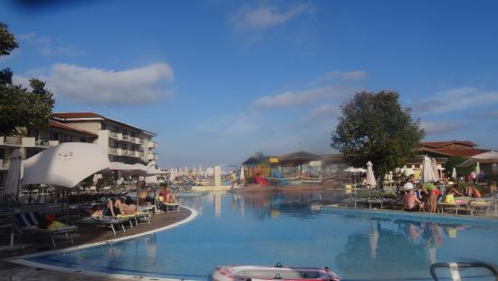 Club Hotel Miramar: Poollandschaft