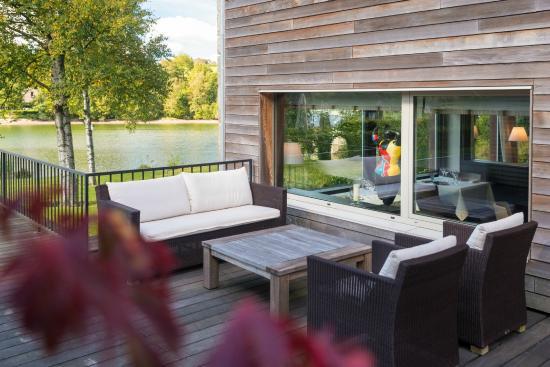Hotel des Bains & Wellness: Hôtel des Bains & Wellness - Spa NUXE - Belgium  Patio