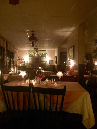 Cedar Run, PA: Photos of the dining room at dinner and the bar