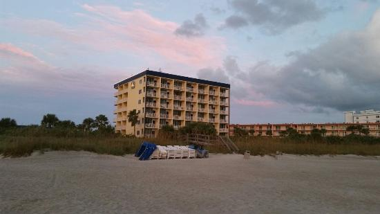 Best Western Cocoa Beach Hotel & Suites Photo