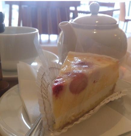 Cybele Plus Cafe