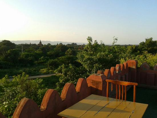 Thurizza Hotel Bagan