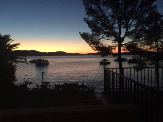 Hotel Cala Fornells: Sunrise