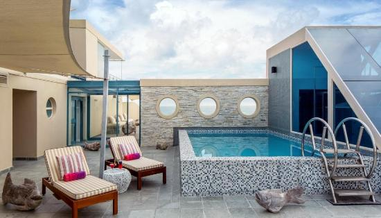 Views Boutique Hotel & Spa: Pool Deck