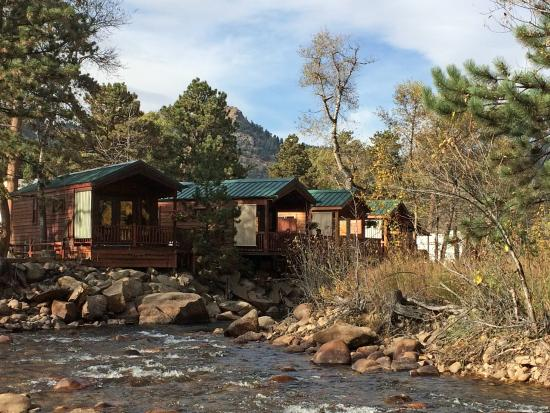 Paradise on the River: the cabins