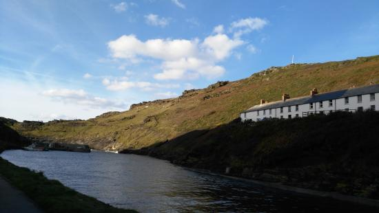 Boscastle, UK: Another view of the river
