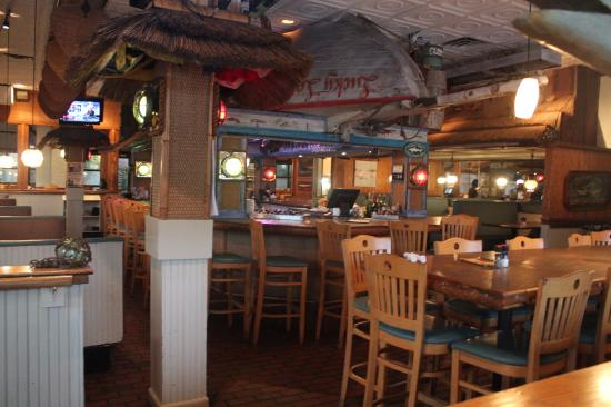 Picture of noisy oyster seafood restaurant for Fish restaurant charleston sc