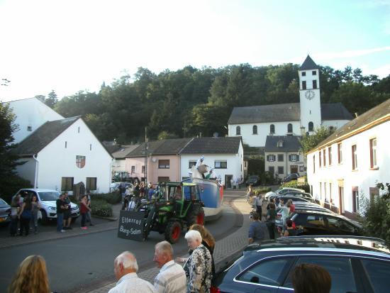 Landscheid, Germany: moezel stoet cranaval