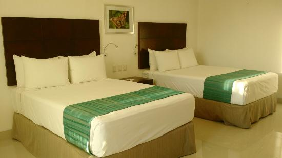 Hotel Meson de la Luna: habitacion de  lujo de 2 camas