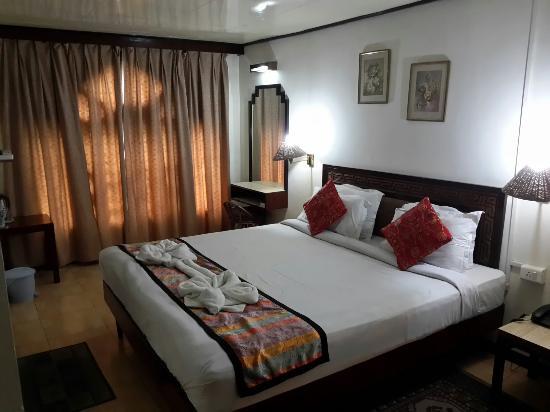 Central Hill Resort Gangtok : 20151020_151403_large.jpg