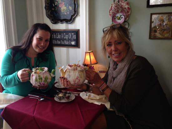 Teaberry's Tea Room: Check it out-we are now ladies who lunch!