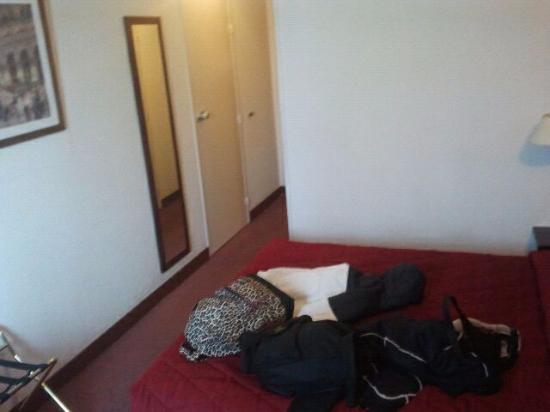 Abrial Hotel: .