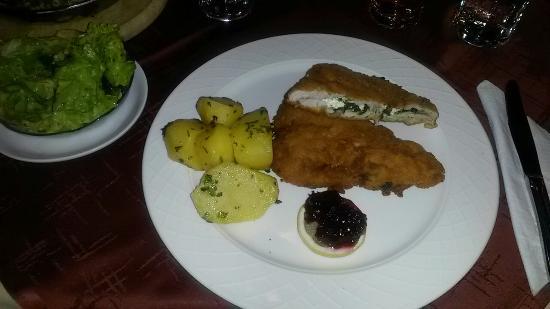 Gasthof Bruggler Restaurant: Radstätter Schnitzel