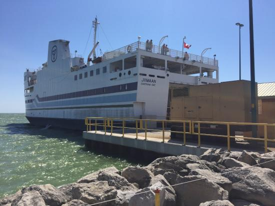 Leamington Ferry To Pelee Island