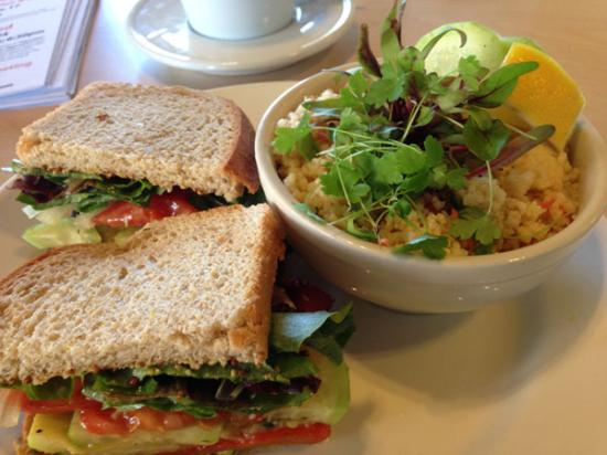 The Cutting Board Bakery and Cafe: Roasted Veggie Sandwich