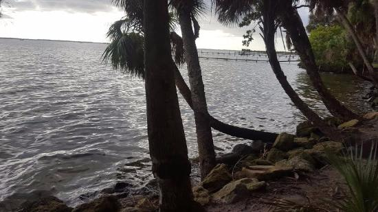 Manatee Hammock Campground: kayak launch