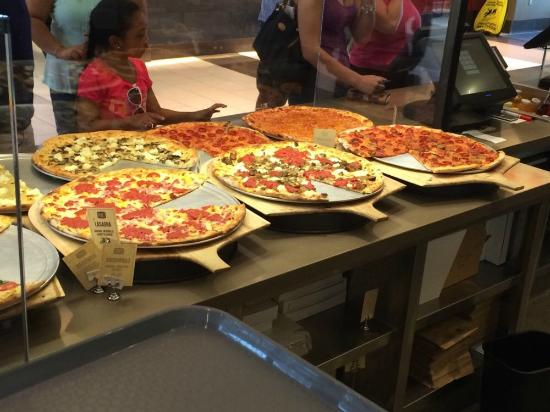 We Offer Delivery And Pizza By The Slice Picture Of Craft Pizza Company San Diego Tripadvisor