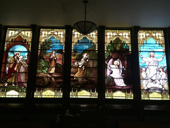 First Presbyterian Church: Interior del templo