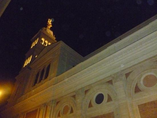 Hotel Urbis: ночной ориентир