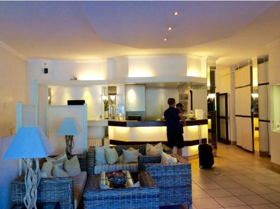 Astra Hotel Dusseldorf : Hotel lobby