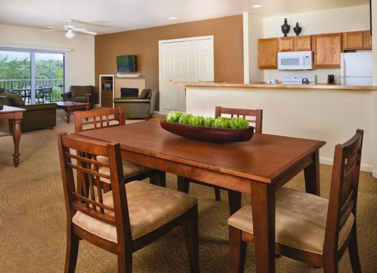 WorldMark Lake of the Ozarks : 3 Bedroom Kitchen