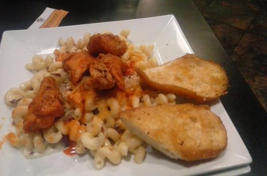 Conway, SC: Buffalo Chicken Mac & Cheese