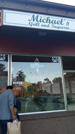 Michael's Grill & Taqueria