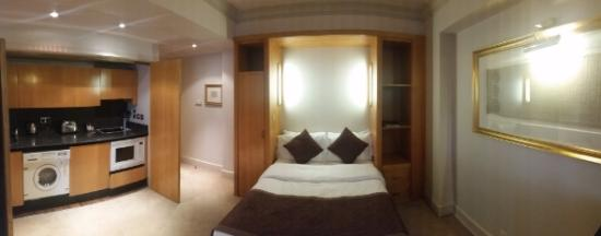 Ascott Mayfair : Wide Pano of room