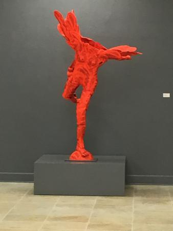 American Museum of Ceramic Art : sculpture in first gallery
