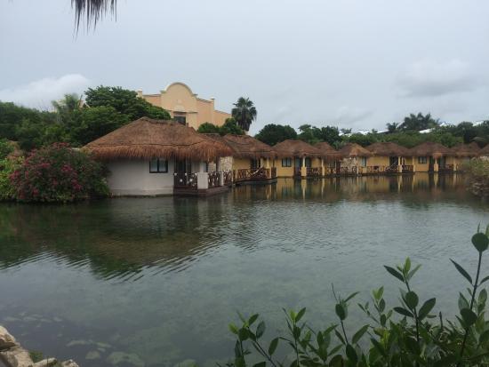 villas picture of grand palladium white sand resort. Black Bedroom Furniture Sets. Home Design Ideas
